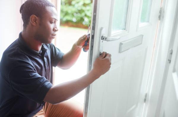 14 Beneficios que te brinda el oficio del cerrajero profesional