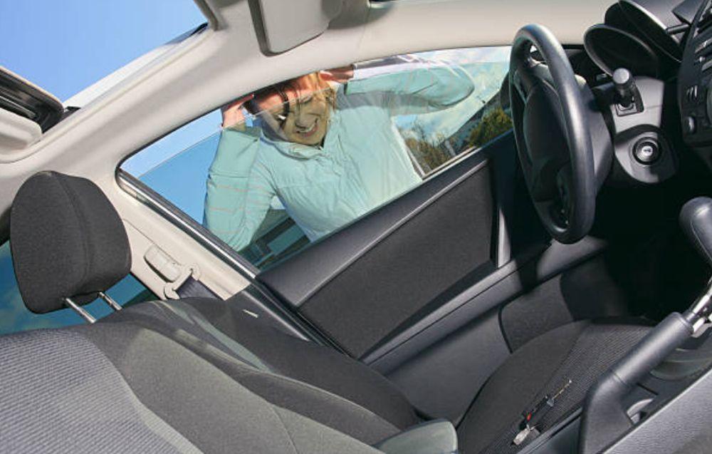 Abrirte el coche si te has dejado las llaves dentro