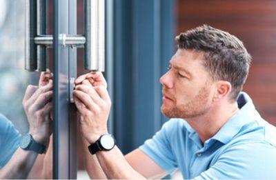 En que puede ayudar un cerrajero urgencias
